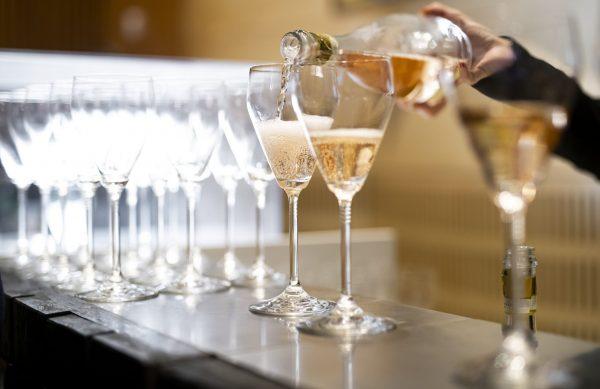Alta Langa Docg Official Sparkling Wine of the International Alba White Truffle Fair 2021